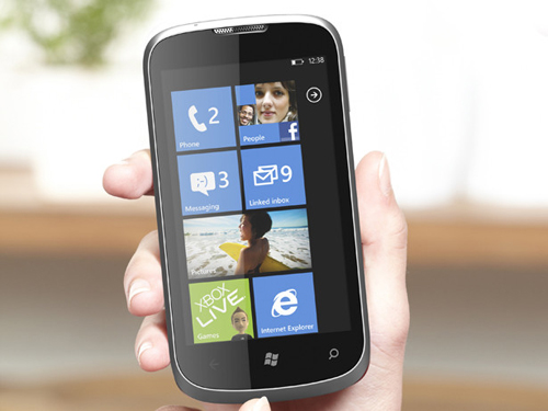 zte-orbit-windows-phone-7-0