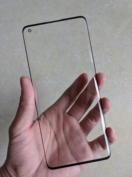 Чем удивит экран Oppo Find X2?