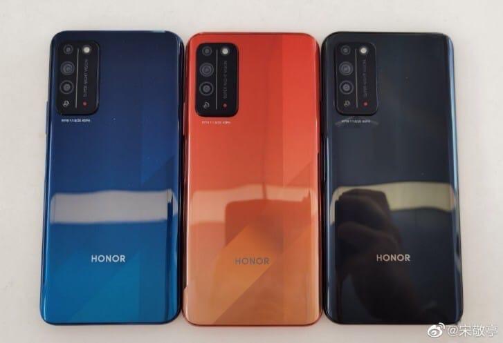Honor X10 появился на живых фото.