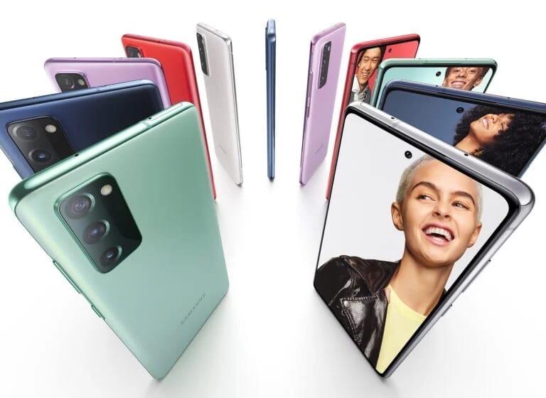 У Samsung Galaxy S20 FE обнаружились проблем с экраном.